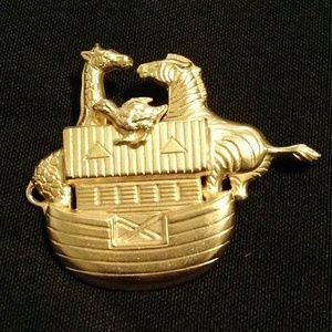 Jewelry - Goldtone Noah's Ark Brooch Zebra, Giraffe, Chicken